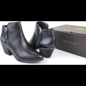 Frye Judith Zip Bootie Black Leather Size 6